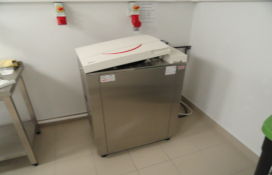 photo of the Universal Steam Sterilizer